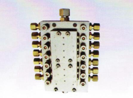 SSV6-16FL系列递进式干油分配器